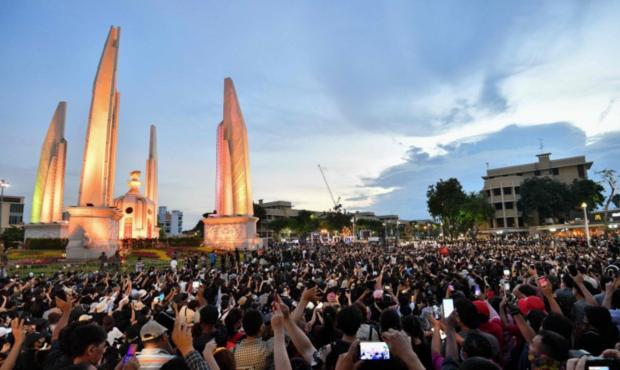 Read more about the article สาเหตุที่คนยุคใหม่ ต้องการทวงคืนประชาธิปไตย